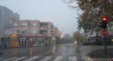 Mostar kao London: Grad na Neretvi osvanuo u magli