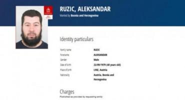 Interpol raspisao crvenu tjeralicu za državljaninom BiH