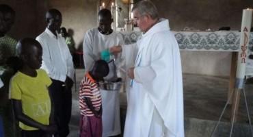 Svećenik iz Hercegovine u Africi gradi župnu crkvu