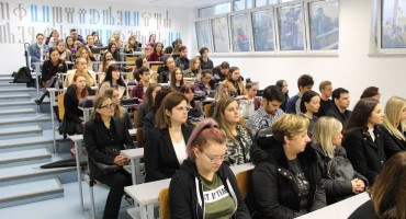 Mostar: Održana komemoracija povodom smrti studentice Katarine Butrice
