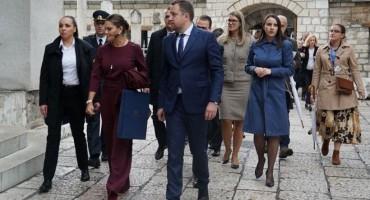 Lijepa Hrvatica iz Kreševa u pratnji princeze Švedske