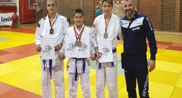 Četiri medalje za mostarsku Neretvu