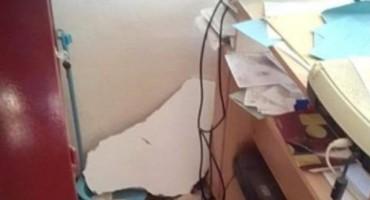 Matičar u Hercegovini jedva spasio živu glavu: Potres mu uništio ured