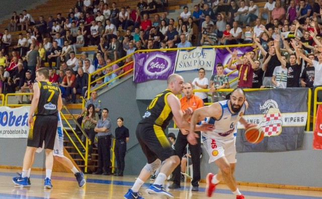 Košarkaši Gruda dočekuju ekipu KK Posušje