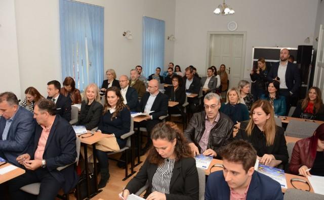 Hrvatski zastupnici: Ministrica Borovac uznemiruje stanovnike Hercegovine, maloljetni migranti neće u Salakovac