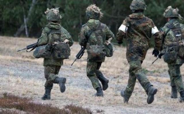 Njemačka objavljuje povećanje ulaganja u vojsku uoči samita NATO-a