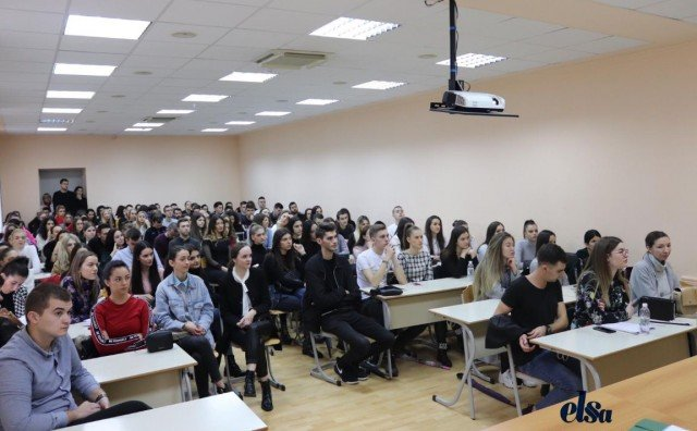 Održan seminar za pravnike i studente Pravnog fakulteta