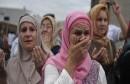 Majke Srebrenice i Žepe-Inicijativa za postavljanje 'stuba srama' u Potočarima