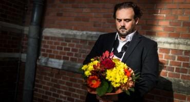 MOSTARAC OBJAVIO NOVU PJESMU Najkreativniji pisac koji upotpuni pjesmu dobiva 500 eura