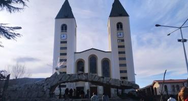 Misa za djecu i Žive jaslice u Međugorju