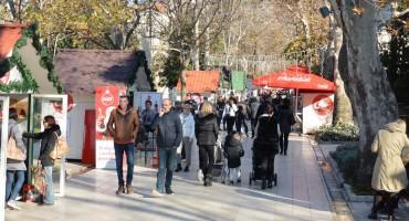 Mostarci za vikend uživaju u ponudi Zimskog grada