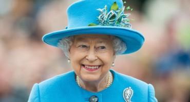 Elizabeta II zapošljava: Traži se administrator na društvenim mrežama za 67.000 dolara
