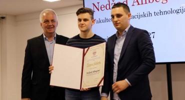 Nagrađeni najbolji studenti Univerziteta 'Džemal Bijedić'