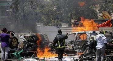 TERORISTIČKI NAPAD U SOMALIJI Raste broj poginulih