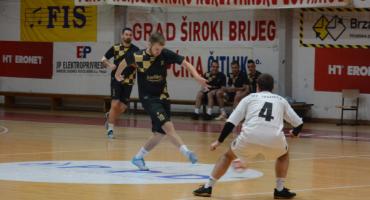BOŽIĆNI TURNIR Vaske Benz i Karliko u finalu, u Mostaru zabijao i Pele