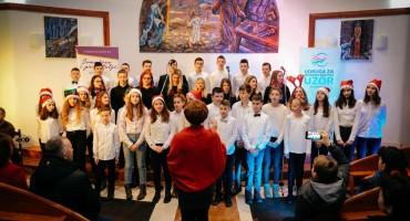 UZOR i 'Ivančice' oduševile Božićnim koncertom u Barama