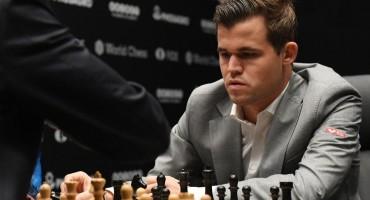 Magnus Carlsen treći put svjetski prvak u ubrzanom šahu