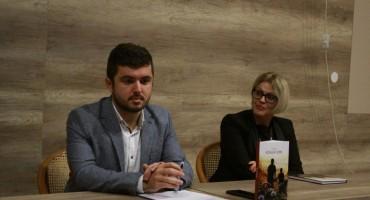 Mostar upoznao Bosansku Posavinu kroz promociju knjige 'Iščekujući zoru'