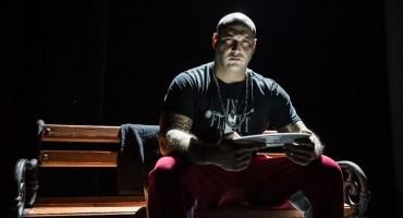 Monodrama hrvatskog repera Stoke je predstava koju treba pogledati svaki tinejdžer