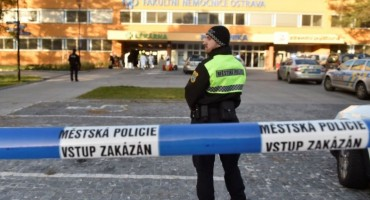 Nakon krvavog jutra u Češkoj: Napadač sebi pucao u glavu