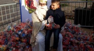 Posušje: Vijeće mladih podijelilo 600-tinjak poklon paketića mališanima
