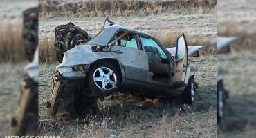 DVOJE KRITIČNO Teška prometna nesreća u Duvnu