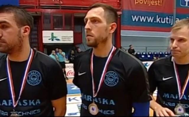Braća Suton, Mirko Hrkać i Josip Sesar izgubili titulu u lutriji penala