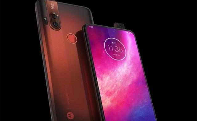 Predstavljen smartphone Motorola One Hyper