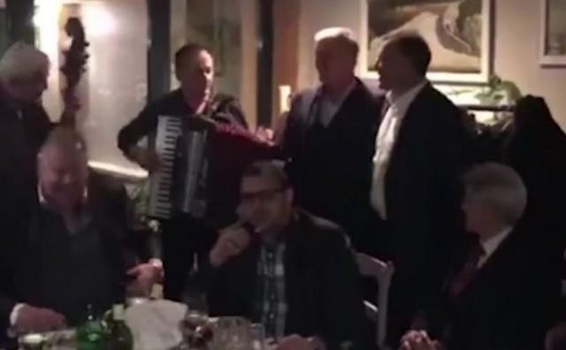Musemić i Mamić se opustili i zapjevali: Čudna jada od Mostara grada