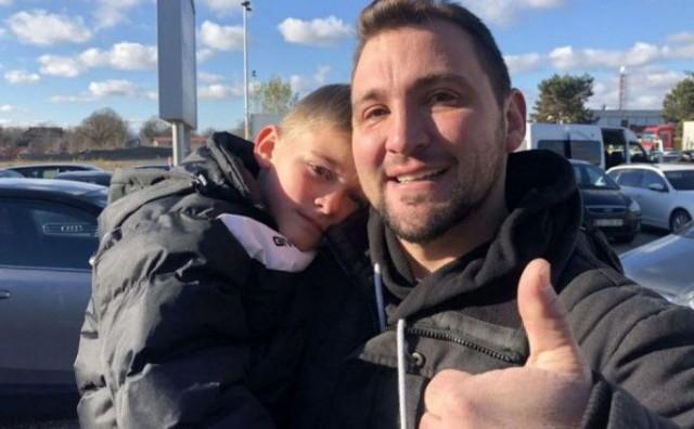 EMOTIVNI VIDEO RASPLAKAO BIH Otac otišao u Njemačku raditi i onda priredio veliko iznenađenje za sina