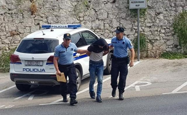 DRŽAVLJANIN BIH Uhićen za prodavanje droge na Pelješcu