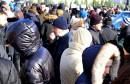 Stotinjak građana se okupilo ispred Deponije