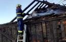 Vatrogasci ugasili požar na napuštenoj kući u Šujici
