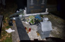 Gradonačelnik Tuzle naložio uviđaj radi oštećenja spomenika na groblju Veresika