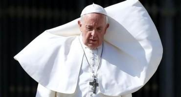 PAPA FRANJO 'U nesložnom i razdijeljenom svijetu želim pozvati na pomirenje i bratstvo među svim vjernicima'