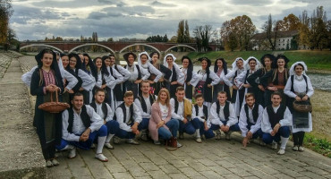 KULTURNA BAŠTINA HERCEGOVINE Cjelovečernji program KUD Mokro iz Širokog Brijega