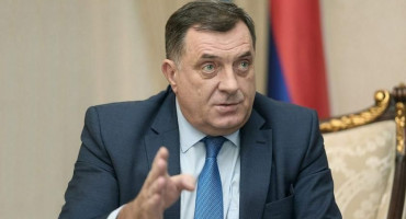 Dodik odbacio tvrdnje da RS ide prema odcjepljenju