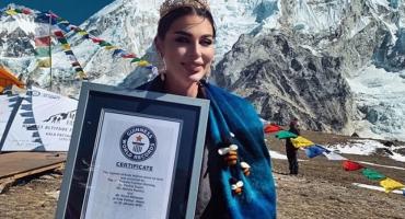 NA VRHU SVIJETA Mostarka Nataša Borozan na Mount Everestu sudjelovala u rušenju Guinnessovog rekorda
