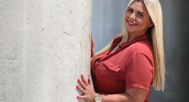 WOW Bivša kandidatkinja Života na Vagi izgledala prekrasno
