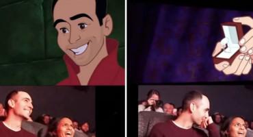 NAJORGINALNIJA PROSIDBA IKAD Momak je sebe i djevojku ubacio u njezin najdraži Disneyjev crtić