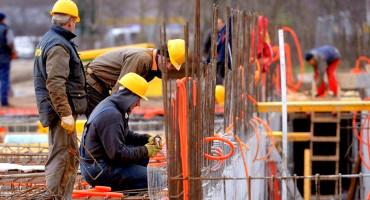 REVOLUCIONARNI PRIJEDLOG Minimalna plaća 1370 KM, 100 dana godišnjeg odmora i 15 satni radni tjedan