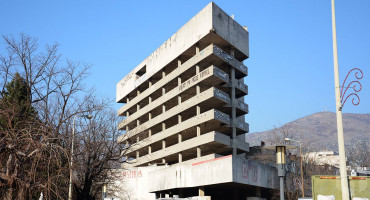 KUPLJENI OBJEKTI PRAZNI Novalićeva vlada proračunske milijune troši na najmove