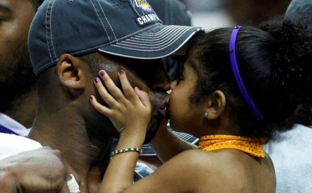 SVIJET U ŠOKU Novi detalji nesreće u kojoj je poginuo Kobe Bryant i njegova kćerka