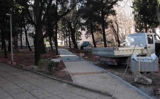 MOSTAR Osigurani novci za uređenje dva parka, ogradu i cestu