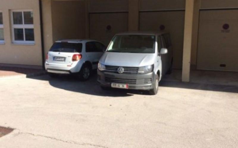 TOMISLAVGRAD Mijo Matić darovao još jedno vozilo za prijevoz pacijenata u Livno