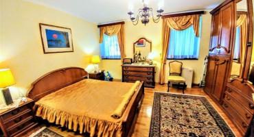 PRODAJE SE kuća u centru Mostara