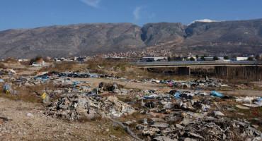 Niknula je nova divlja deponija u blizini Neretve