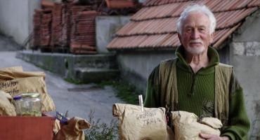 Nema lijeka kojeg nema na Biokovu: 70-godišnji pustolov iz Zagvozda otkrio je brojne eliksire koje daruje
