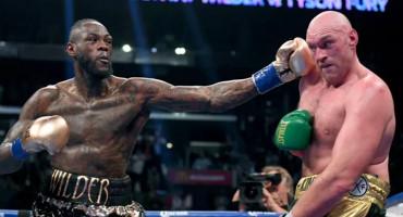 Tyson Fury tehničkim nokautom pobijedio Wildera