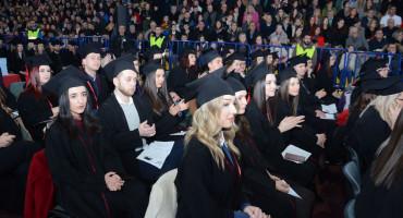 Na mostarskom Univerzitetu 'Džemal Bijedić' promoviran 681 diplomant